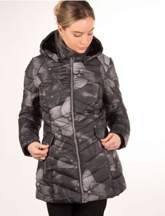 Quilted coat with floral print by Chillax