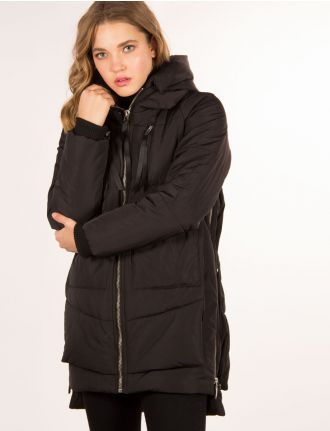 Large puffer parka featuring zippered pockets by JAK-IT