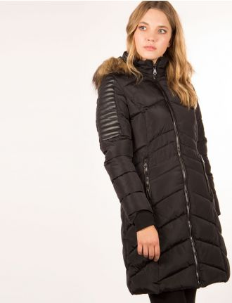 Long puffer coat by Nanette
