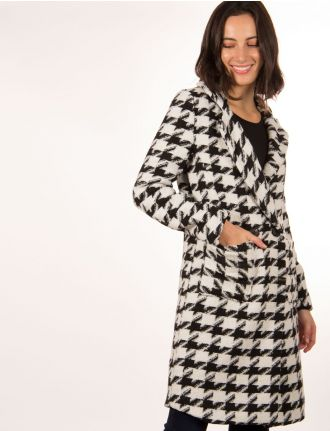 Houndstooth coat by Froccella