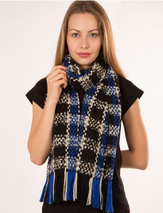 Plaid basketweave scarf by Froccella