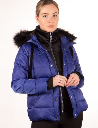 Vegan puffer coat by Saki