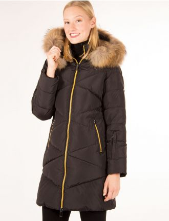 Down coat with zigzag quilt pattern by Styla Sport