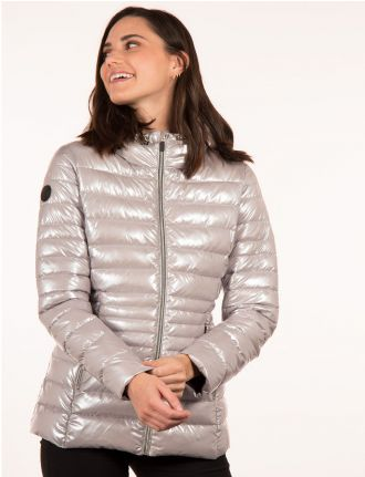Metallic ultra-light packable jacket by Point Zero