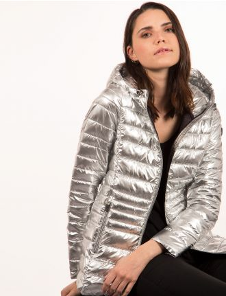 Shiny ultra-light packable jacket by Point Zero